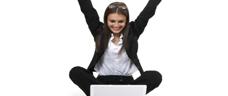 Kvinne med bærbar PC (tilpasset)